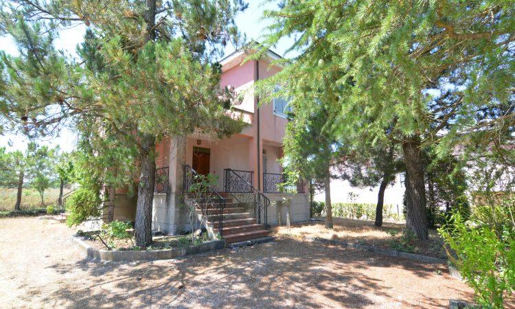 Villa con giardino a Lioni 382 - Tutte le immagini