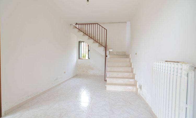 Casa indipendente a Morra De Sanctis 2106 - Tutte le immagini
