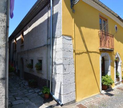 Casa arredata nel borgo di Nusco 2202