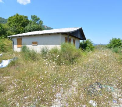 Casa prefabbricata in legno con terreno a Lioni 2325