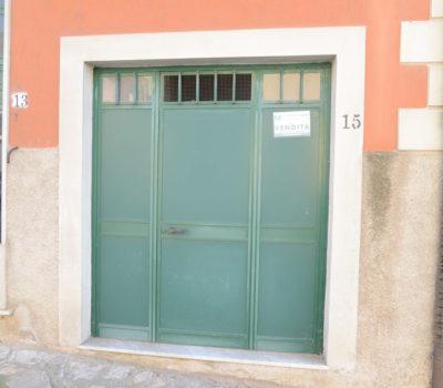 Locale deposito/magazzino a Lioni 1780