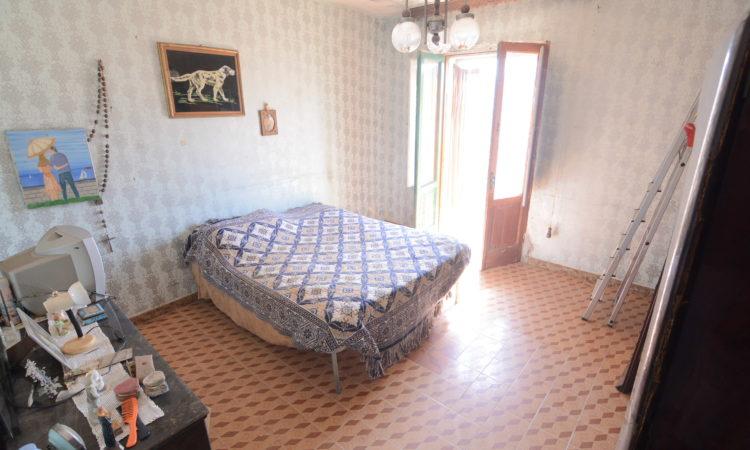 Casa indipendente con terreno a Montemarano 2400 - Tutte le immagini