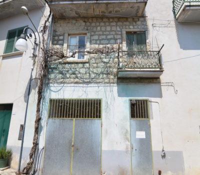 Casa a Caposele 2424