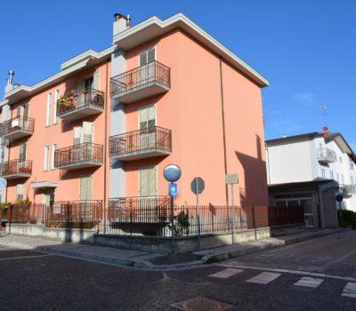 Appartamento con box auto a Lioni 2452