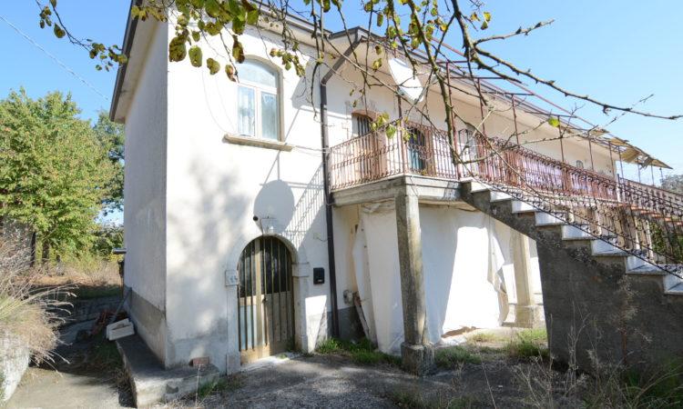 Porzione di casa a Sant'Angelo Dei Lombardi 2456 - Tutte le immagini