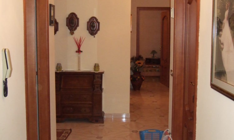Casa bifamiliare a Castelfranci 130 - Tutte le immagini