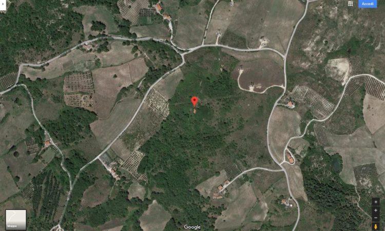 Casolare con terreno a Caposele 82 - Tutte le immagini