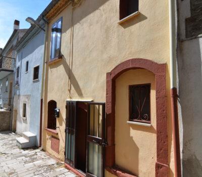 Casa arredata a Bisaccia Vecchia 14