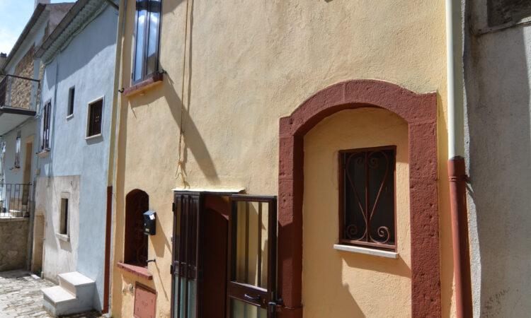 Casa arredata a Bisaccia Vecchia 14 - Tutte le immagini