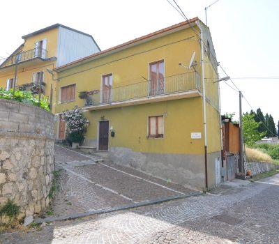 Casa a Castelvetere sul Calore 2524