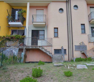 Casa con terreno ad Aquilonia 2540